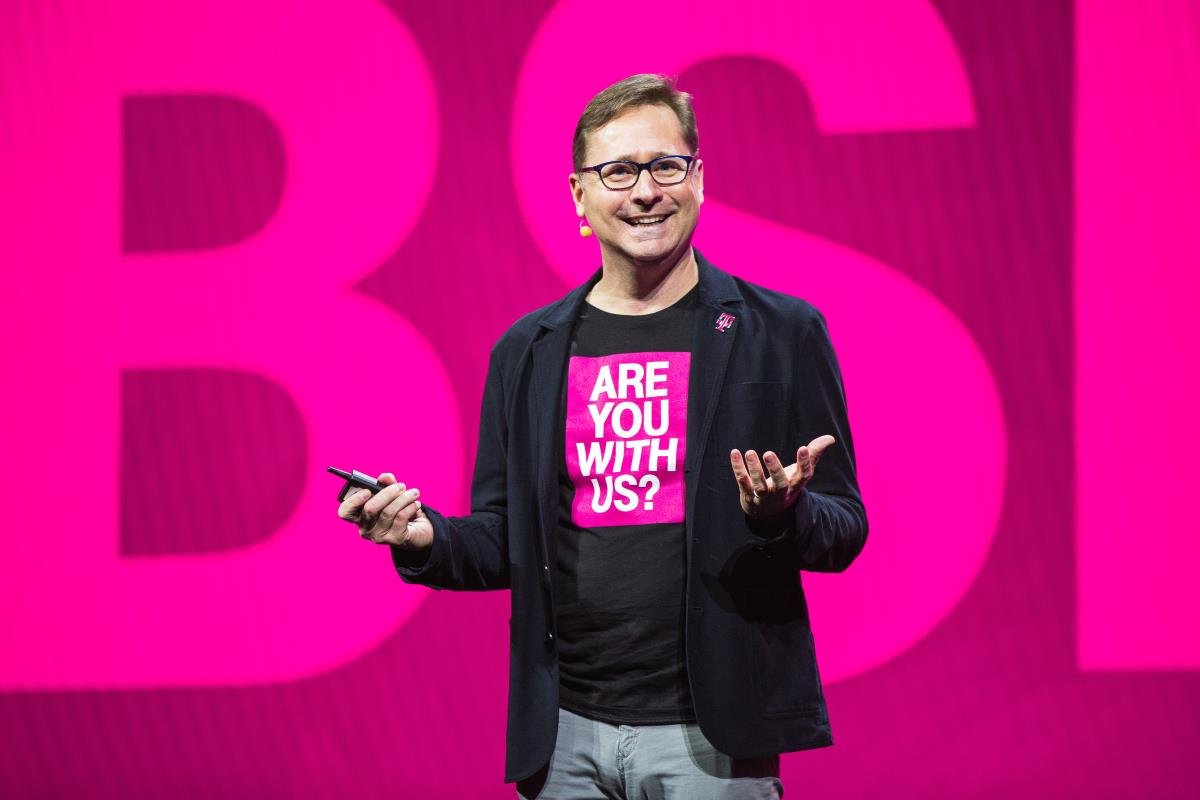 Hundreds More T-Mobile Employees Will Soon No Longer Be With T-Mobile
